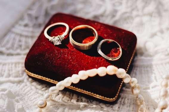 Verlobung-Ring