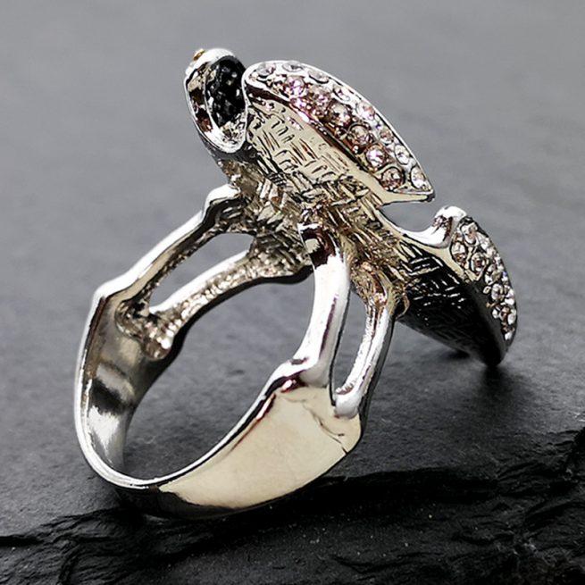 Modischer Ring Tote Kopf 3