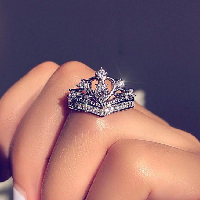Modischer Krone Ring 3