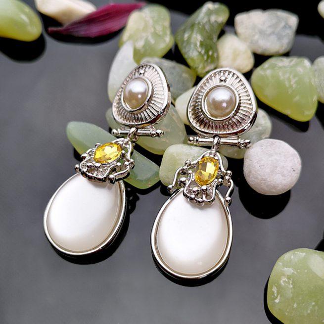 Modische Ohrringe 1